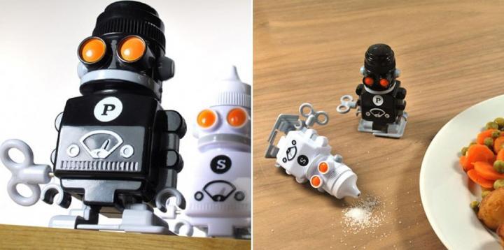 Salero y pimentero con forma de robots ideas para regalar - Saleros originales ...